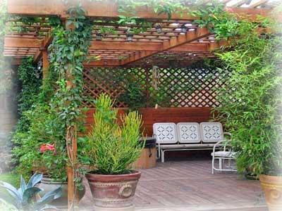 Патио на вашем садовом участке.